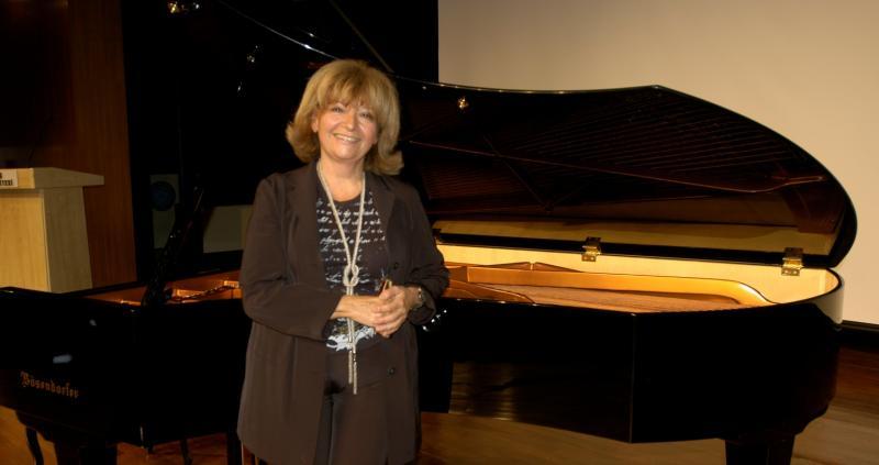 Piyano Dersleri Tarihi Teknik Gelişimi Bilgileri, Söyleşi-Sohbetleri Piyanist Güneş Yakartepe