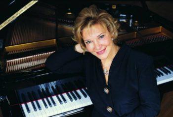 piyanist-gulsin-onay-bursa-piyano-festivalinde-calacak