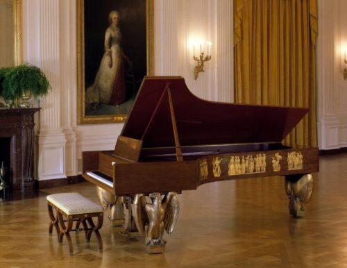 steinway_grand_paino-eski-tarihi-fiyat-grand-kuyruklu-piyano-buyuk-ana-konser-piyanosu-pianist-music-piano-tus-tuslar-tuse