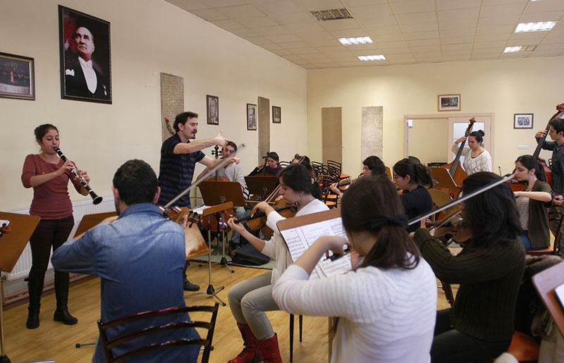 Konservatuvar ve Müzik Okulları Yetenek Sınavlarına Hazırlık için Kurslarda Verien Eğitimler nelerdir?