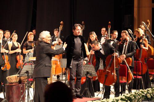 unlu-turk-piyanistler-piyanist-fazil-fay-kimdir-hayati-ozgecmisi-piyano-konser-goruntusu-fazil-say-kuyruklu-akustik-piyano-albumu-beste-resitali