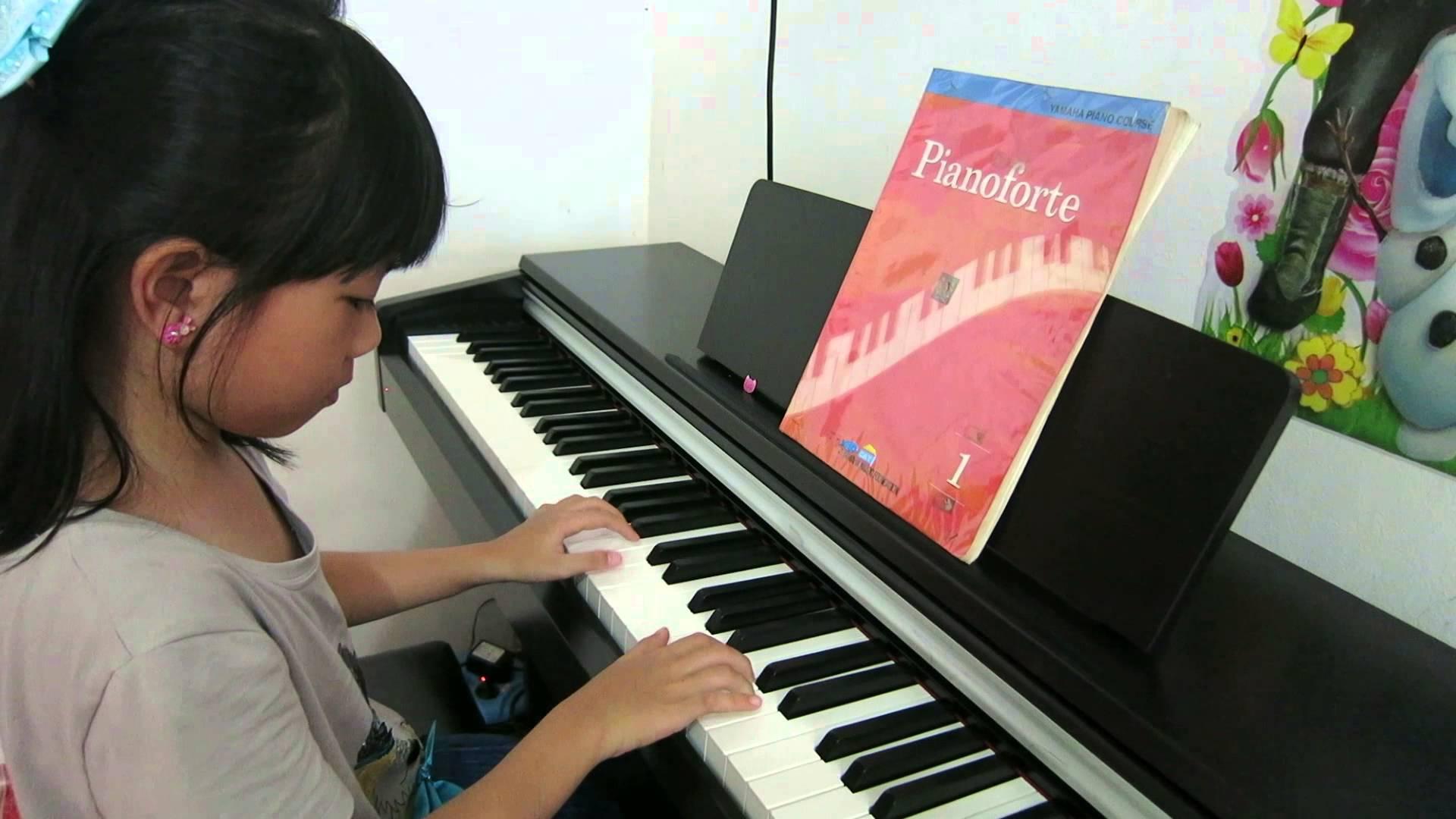 Konsol Duvar Dik Stand Piyano Elektro Dijital Music Klasik Müzikler Bilgiler Çalgı Enstrümanı Piyanosu Çal Nedir Bilgi Sözlük Pianist Piyanolar Konseri Dinleti Çal Çocukları