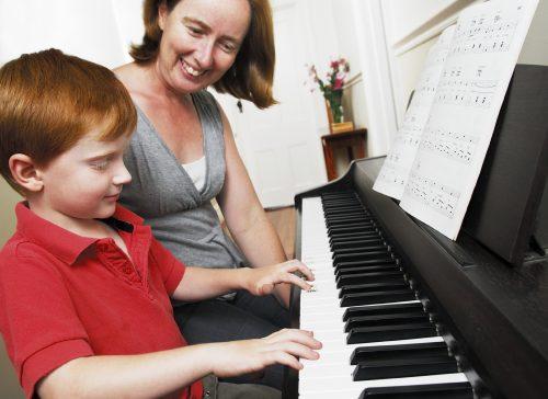 Piyano Kurslarının İçeriği Nedir? Piyano ve Müzik Kursları Çocuklar Piyano Eğitimi Dersi Özel Okul Bilgisi Muhteşem 10 Fayda
