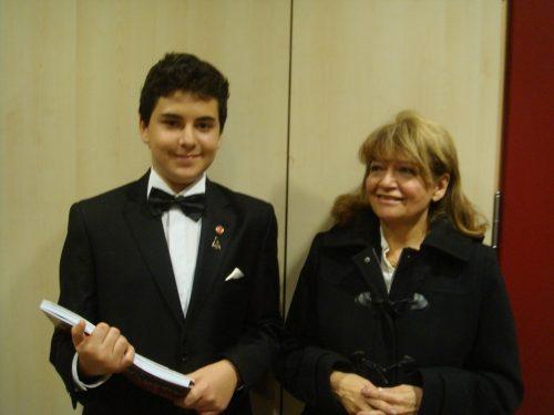 Ünlü Türk Piyanistler, Piyanist İDİL BİRET Kimdir. Hayatı - Özgeçmişi Piyano Konseri