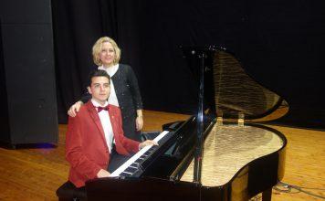 Genç Piyanist Güneş Yakartepe Piyano Konseri. PiyanoTürk Müzik Grubu. İBB Kartal Bülent Ecevit Kültür Merkezi. İstanbul Büyükşehir Belediyesi Kültürel Etkinlikleri