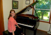 Müzik Piyano Kursları Dersleri Hoca Okulu Konservatuavar Konser çalma Piyanist çalgı Enstrümanı Piano Yaşlı Yetişkin Dersleri Öğretmen Eğitim